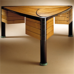 'Trilogy' desk - click here to look at an enlarged image of this desk and read about the design